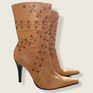 Vintage And Paula genuine leather studded boots 8